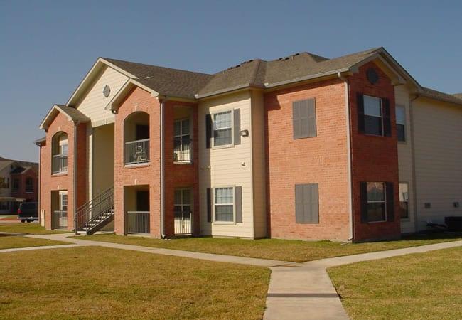 Wm. Taylor & Co. General Contractors - Kensington Place Apartments