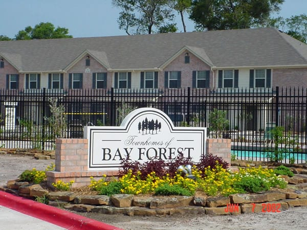 Wm. Taylor & Co. General Contractors - Bay Forest Apartments